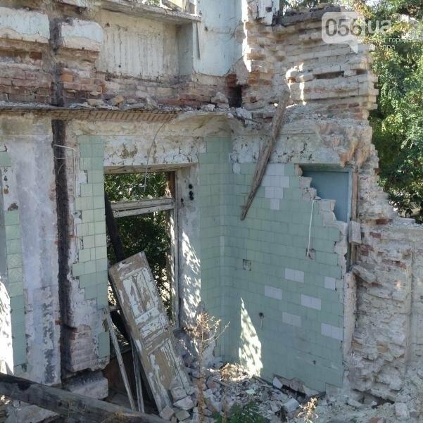 Больница Красного Креста в Днепре: от безнадежных пациентов до руин (ФОТОРЕПОРТАЖ), фото-8