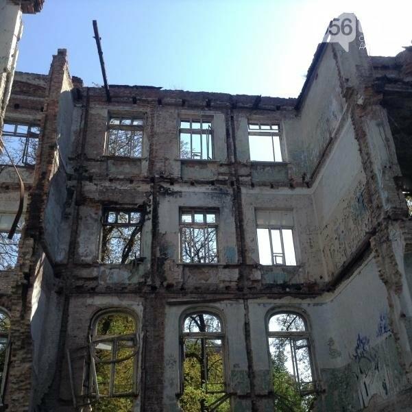 Больница Красного Креста в Днепре: от безнадежных пациентов до руин (ФОТОРЕПОРТАЖ), фото-14