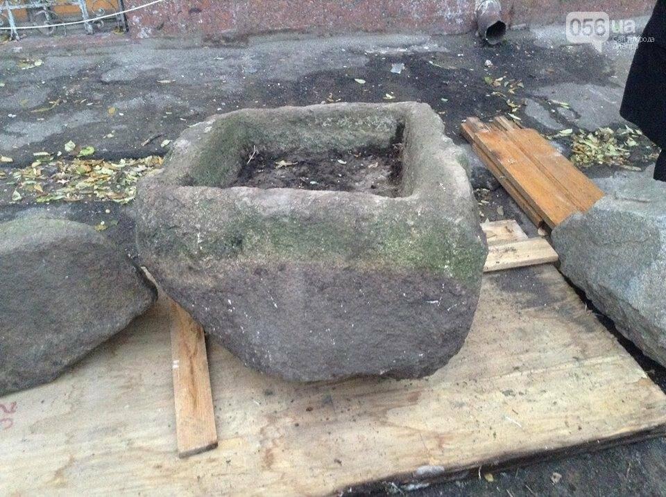 Днепровские археологи нашли древние скифские стелы и жертвенник (ВИДЕО), фото-1