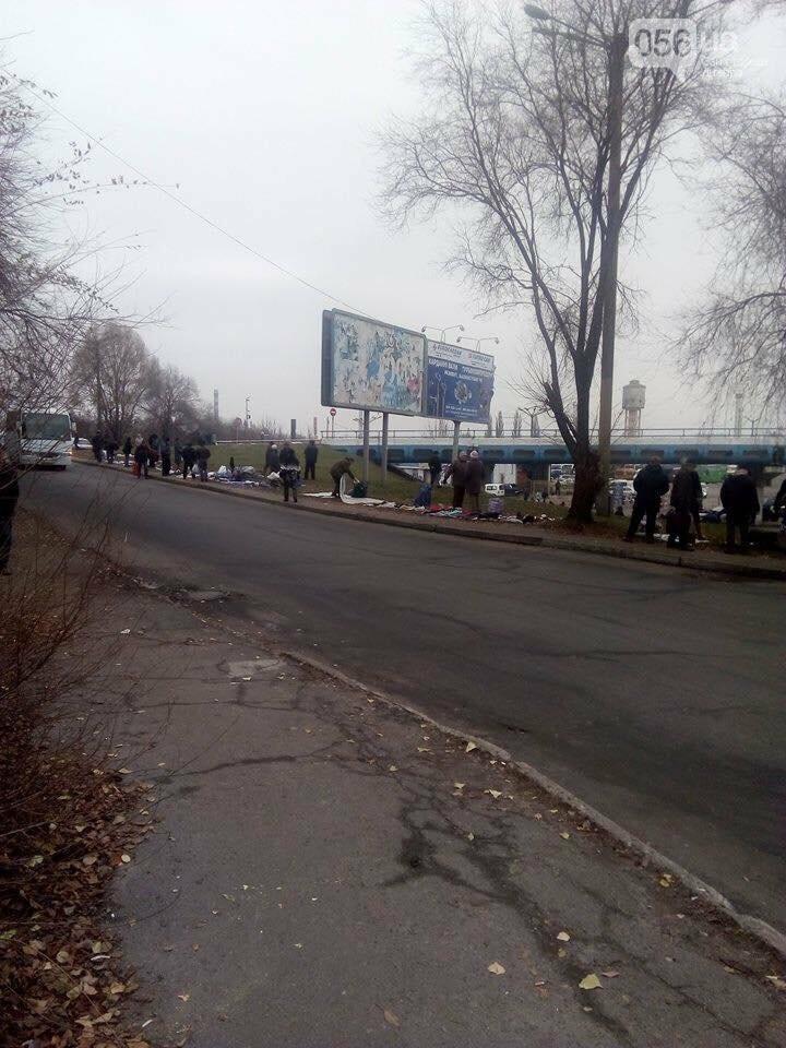 В Днепре ликвидируют стихийный рынок возле Автовокзала (ФОТО), фото-2