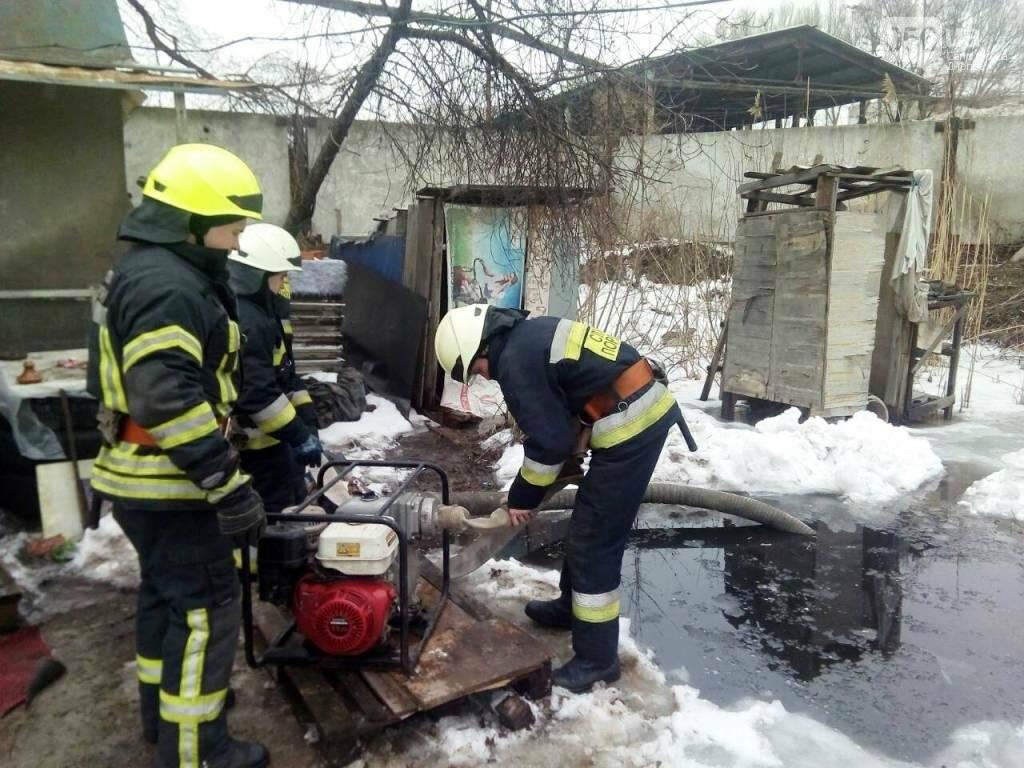 В Днепре грунтовые воды подтапливают дома в частном секторе (ФОТО), фото-2