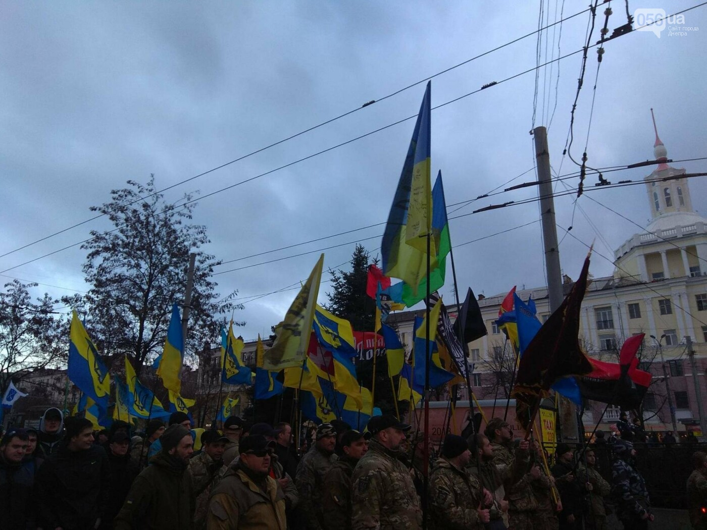 В центре Днепра прошла колонна добровольцев АТО (ФОТО, ВИДЕО), фото-1