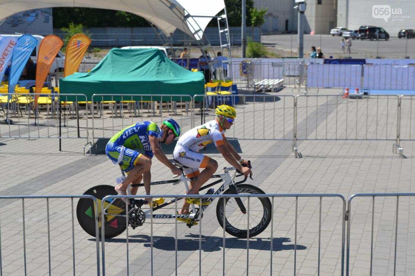 Плаванье, езда на велосипеде, бег: в Днепре стартовали соревнования по триатлону, - ФОТОРЕПОРТАЖ , фото-1