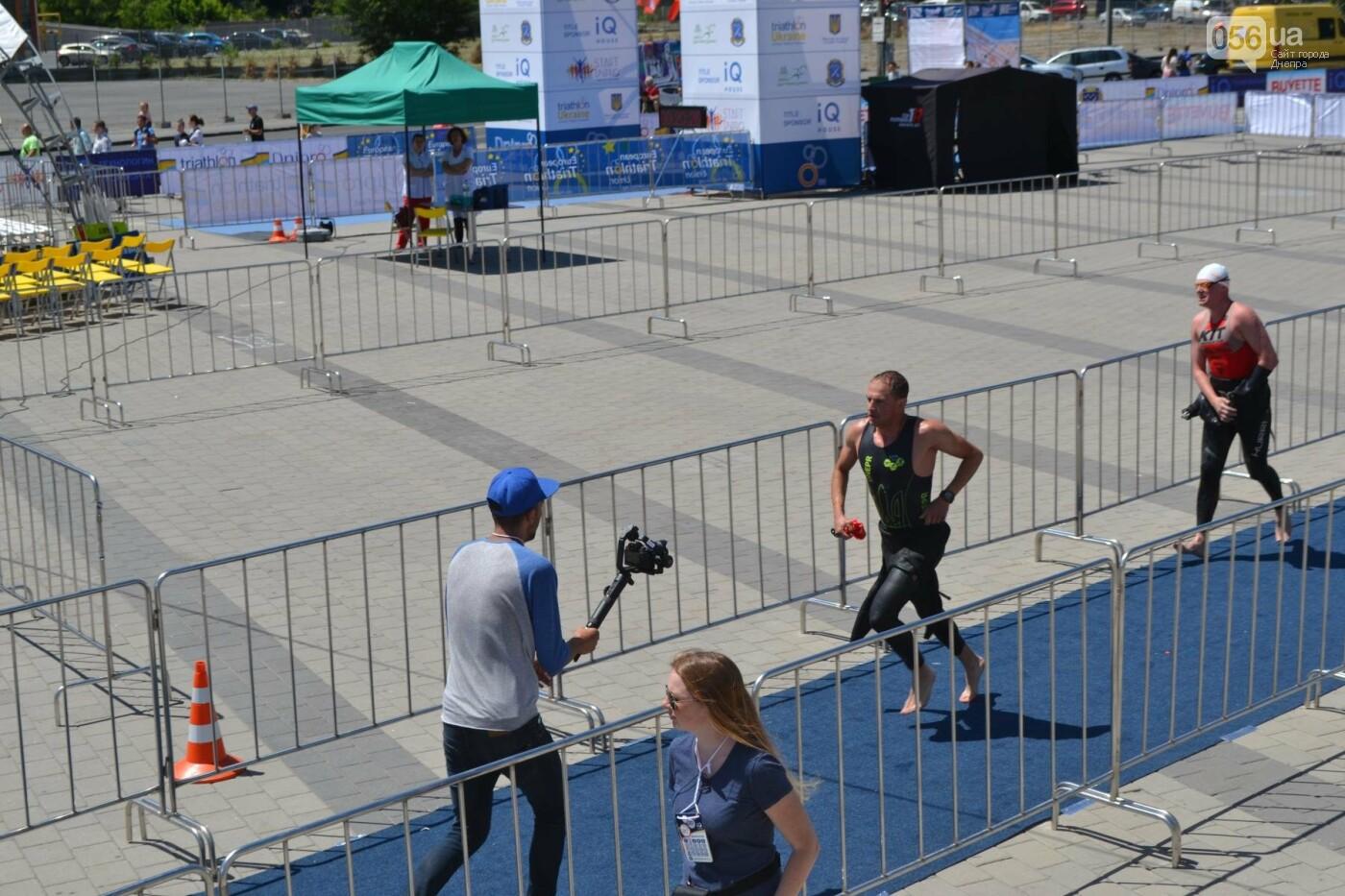 Плаванье, езда на велосипеде, бег: в Днепре стартовали соревнования по триатлону, - ФОТОРЕПОРТАЖ , фото-3