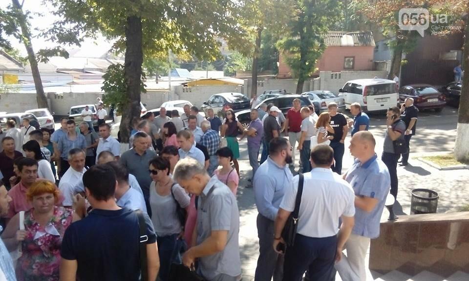 В Днепре адвокаты вышли на митинг в защиту избитой в Кривом Роге коллеги, - ФОТО, ВИДЕО, фото-3