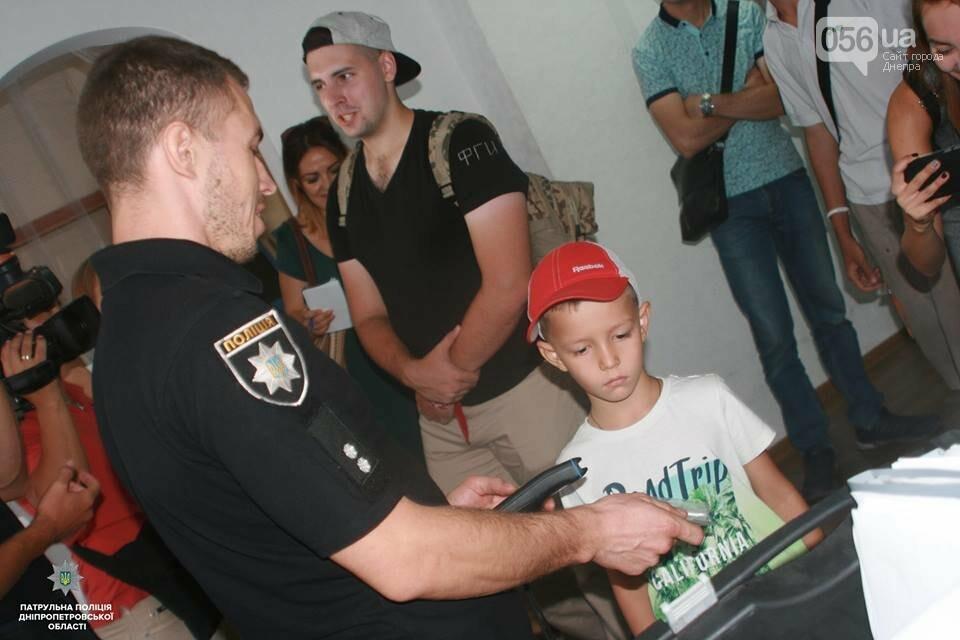 В Днепре патрульные провели экскурсии в своем управлении для жителей города, - ФОТО, фото-1