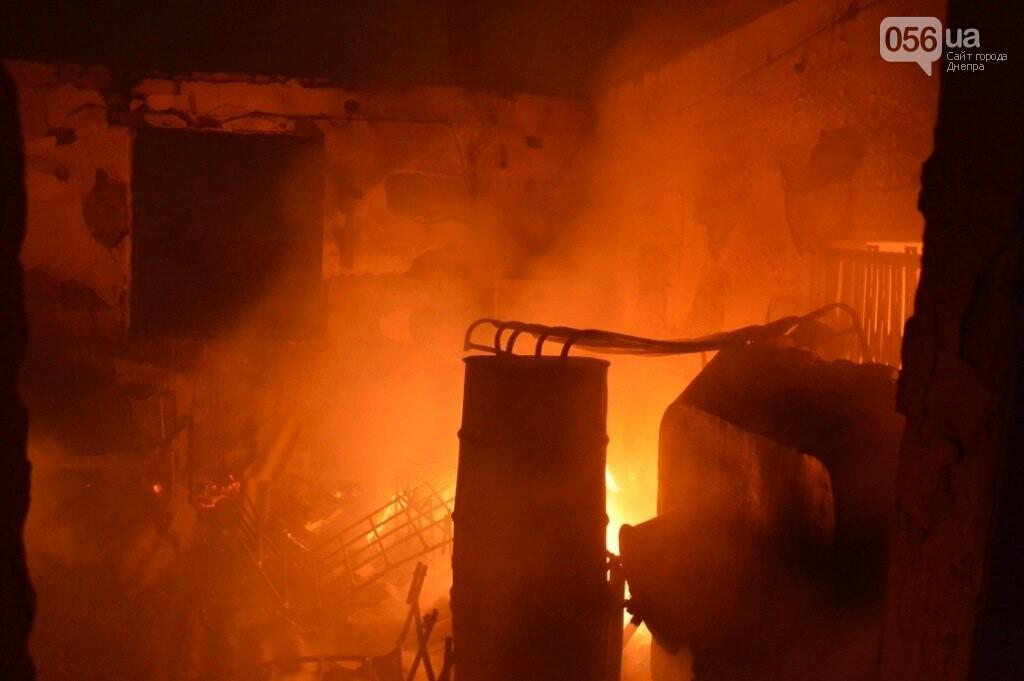 Под Днепром сгорел цех обувного производства, - ФОТО, ВИДЕО, фото-2