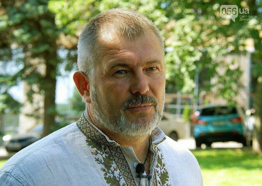 Юрий Береза отказался тратить деньги на билборды и использует их для озеленения Левобережья, фото-1