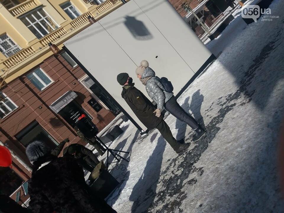 В Днепре на улице Короленко Национальная гвардия сыграла праздничный марш, фото-3