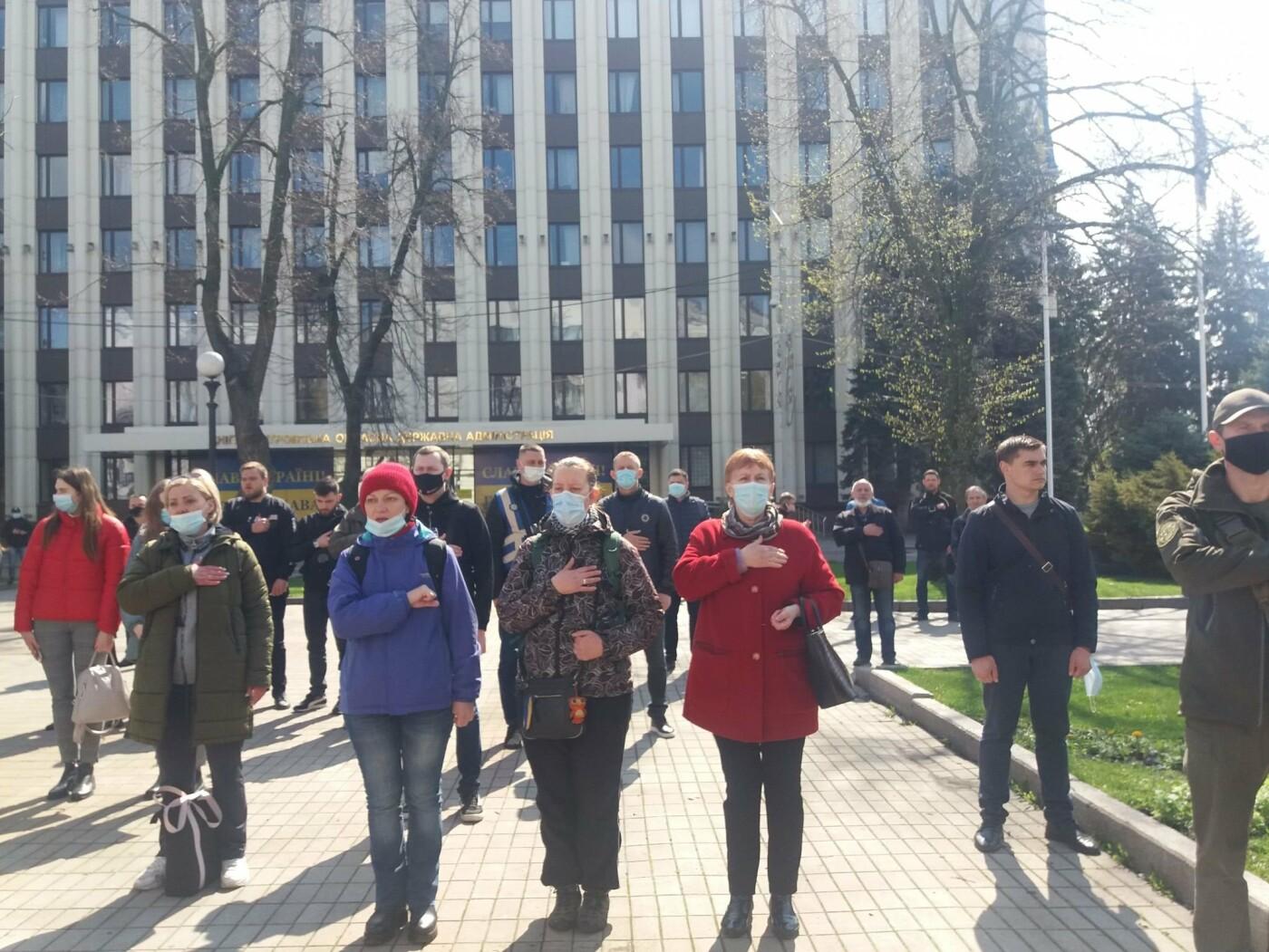 Днепровские активисты требуют лишить депутатского мандата и должности Геннадия Гуфмана: реакция политика, фото-15