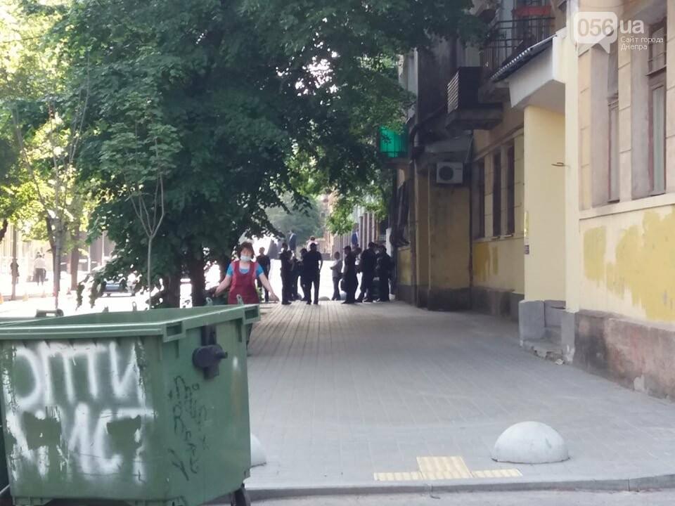Отключенные светофоры и перекрытые дороги: как прошел рабочий визит Премьер-министра Украины в Днепре, фото-2