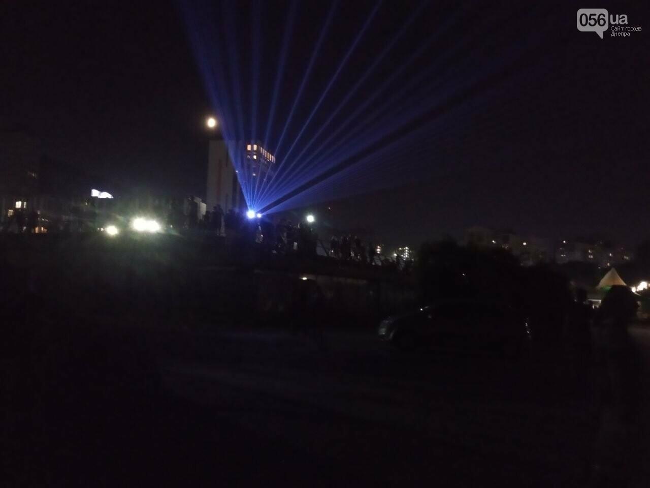 В Днепре возле Фестивального причала засветилась река, - ФОТО, ВИДЕО, фото-14