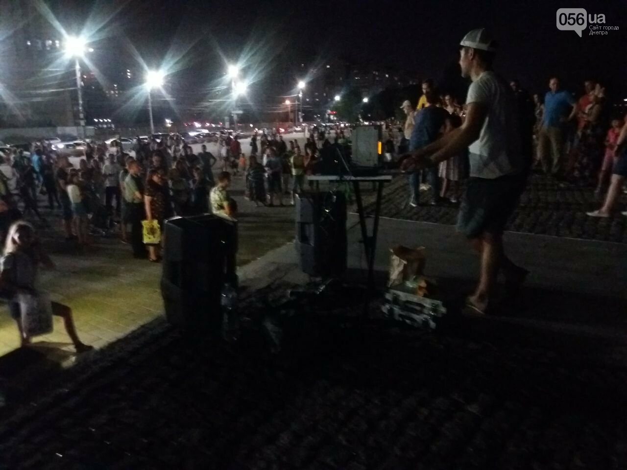 В Днепре возле Фестивального причала засветилась река, - ФОТО, ВИДЕО, фото-15