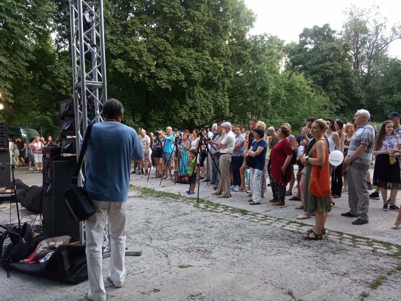 В Днепре по всей территории парка Шевченко звучит музыка нон-стоп, - ФОТО, ВИДЕО, фото-34
