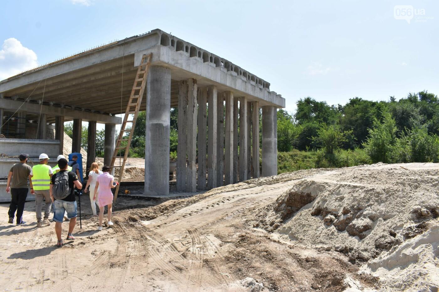На Днепропетрощине разобрали а потом собрали автодорожный путепровод: ремонт идет 24/7, фото-4