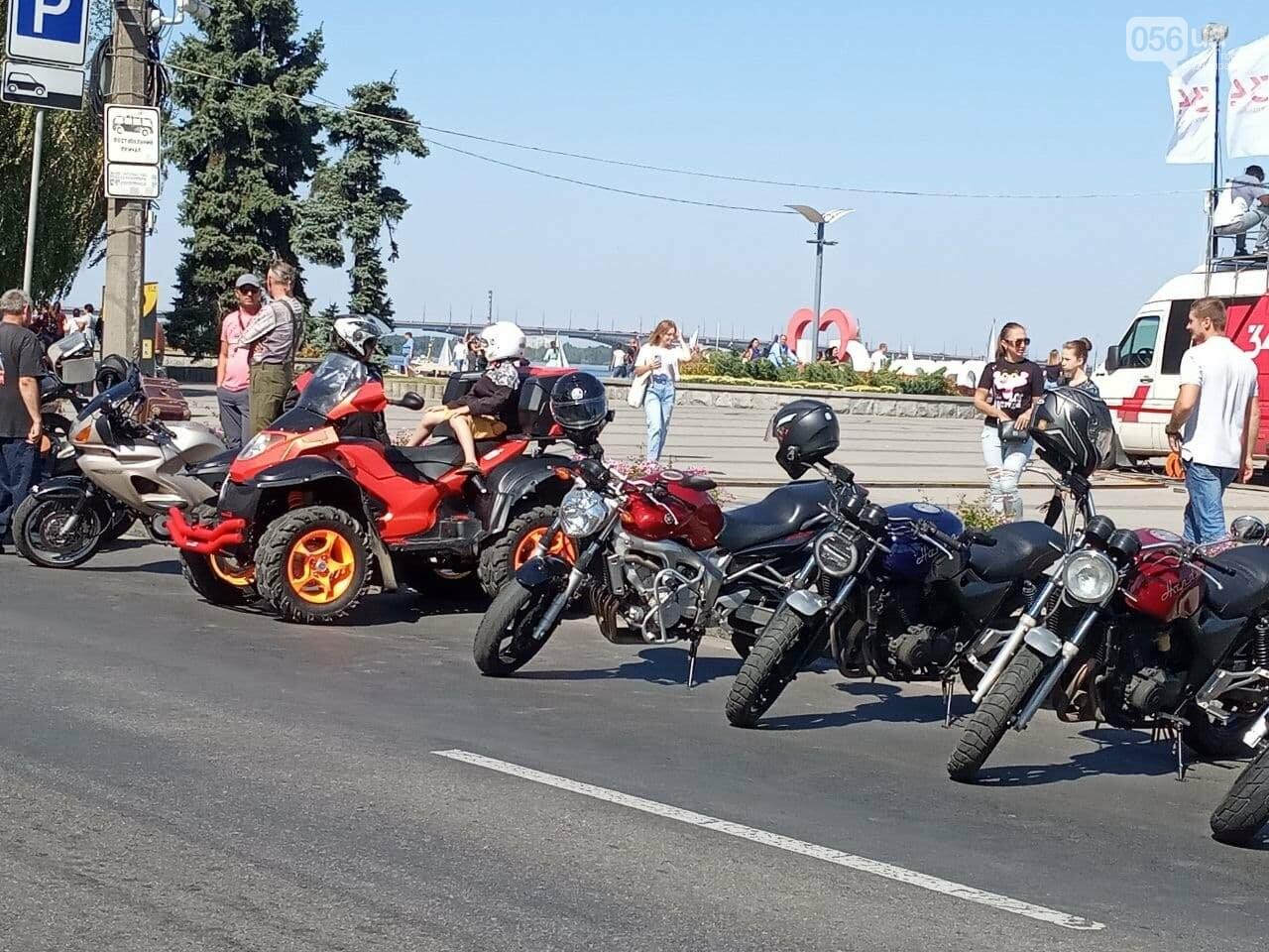 В Днепре байкеры сезон закрыли, но мотоциклы в гараж не поставили, - ФОТО, ВИДЕО, фото-12
