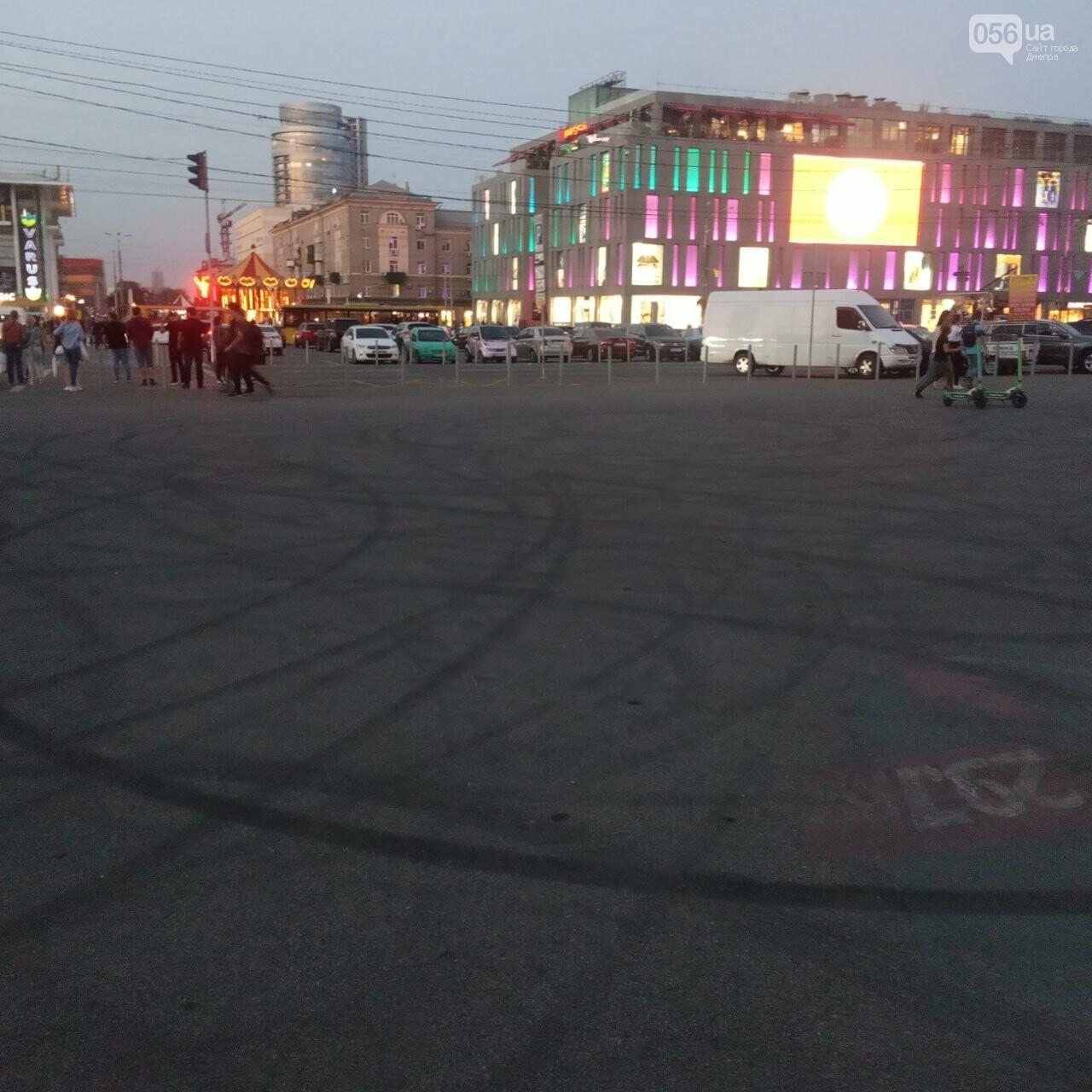 Дрифт в центре Киева спровоцировал скандал, а для Днепра стал шоу с жирными следами, - ФОТО, фото-16
