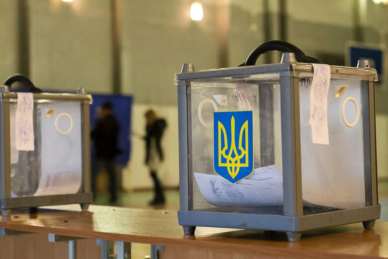 Переход от обещаний к угрозам и составы комиссий - как проходит избирательная кампания в Днепропетровской области