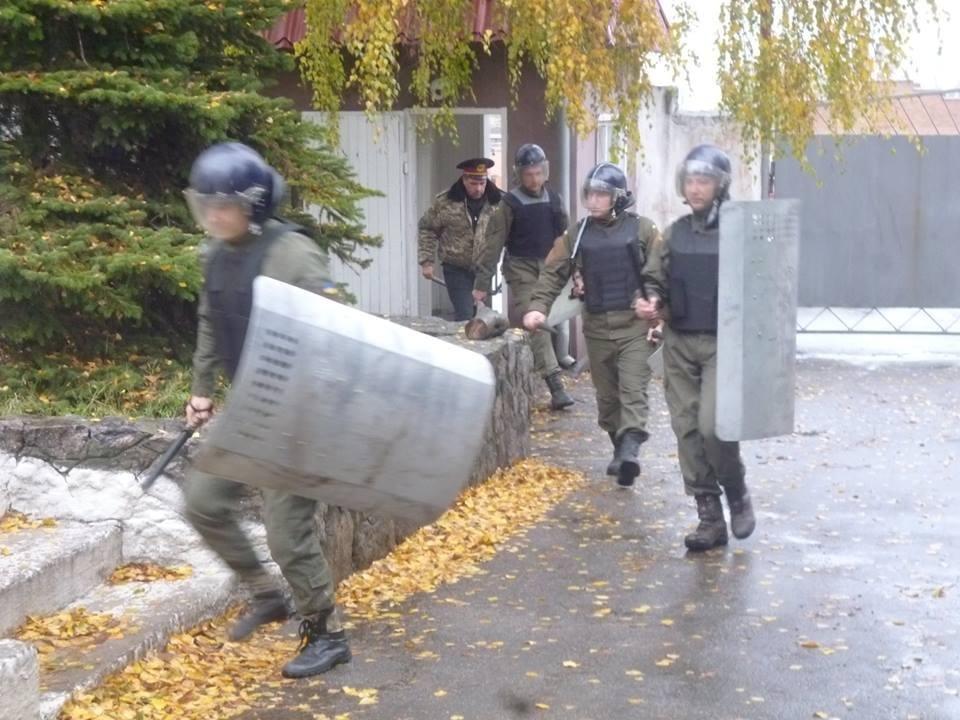 В колонии Днепра учились подавлять массовые беспорядки (ФОТО) , фото-2