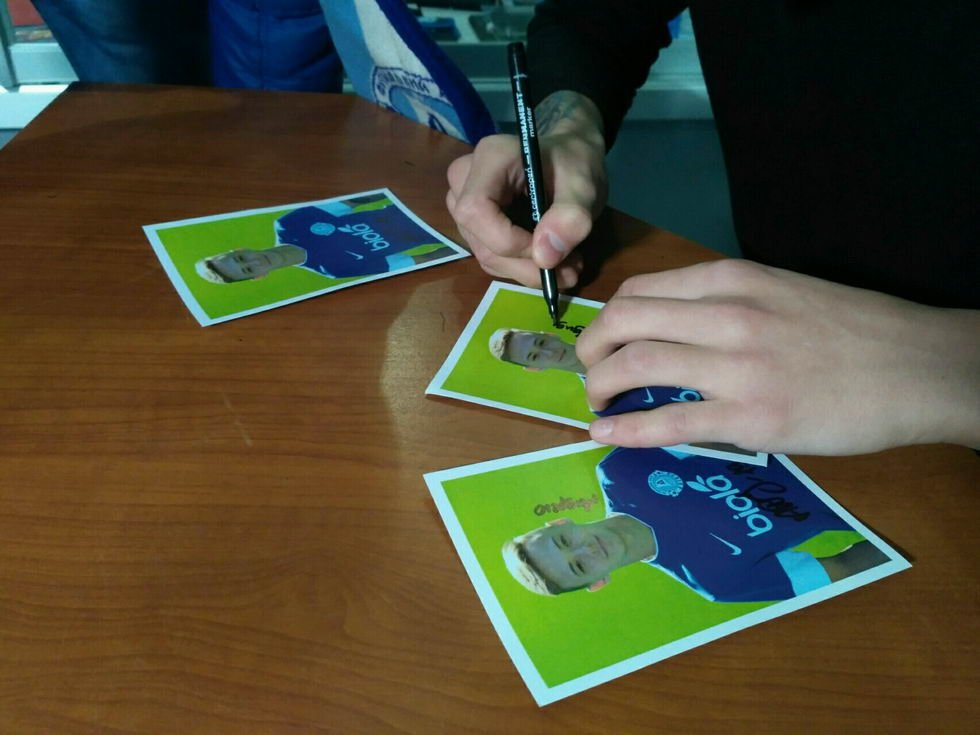 "17-летний футболист ""Днепра"" провел автограф-сессию (ФОТО), фото-10"