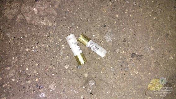 В Днепре разыскивают преступника, который расстрелял группу людей, фото-2