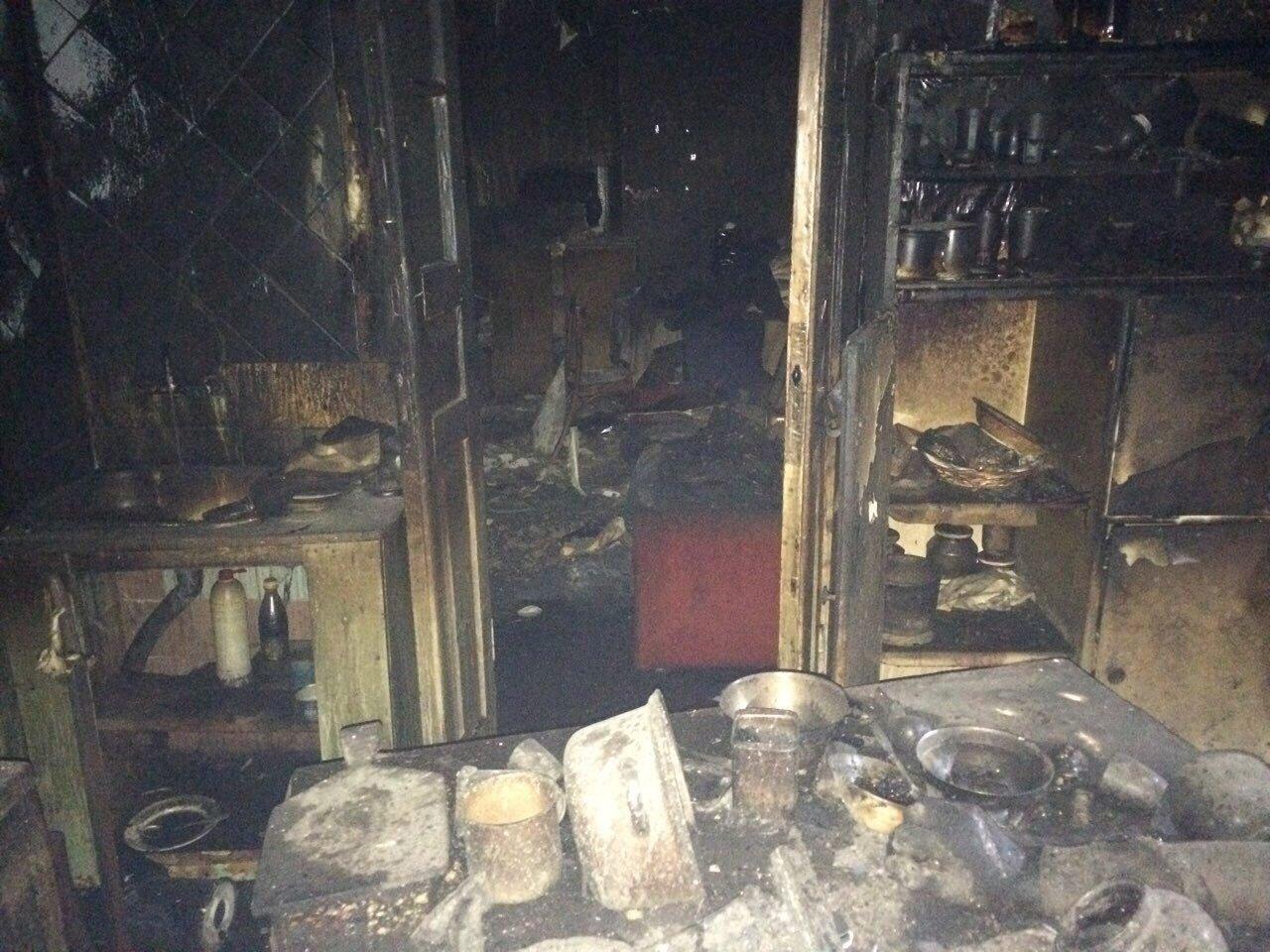 В Днепре спасатели три часа боролись с огнем (ФОТО,  ВИДЕО) , фото-5