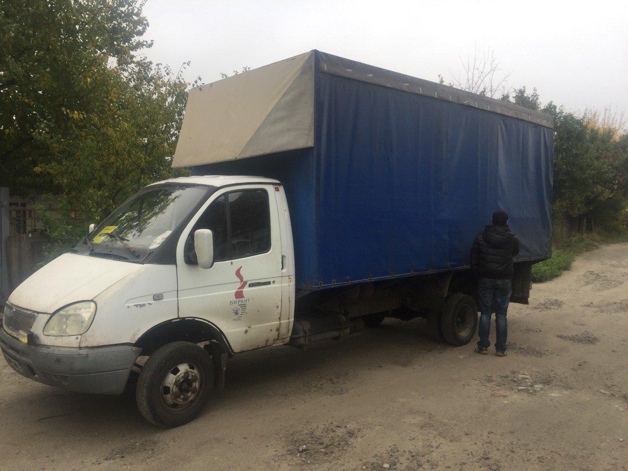 В Днепре на ж/м Игрень угнали грузовик , фото-1