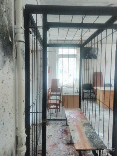 В Днепропетровской области мужчина подорвал себя в зале суда: семеро людей в больнице (ОБНОВЛЕНО), фото-2