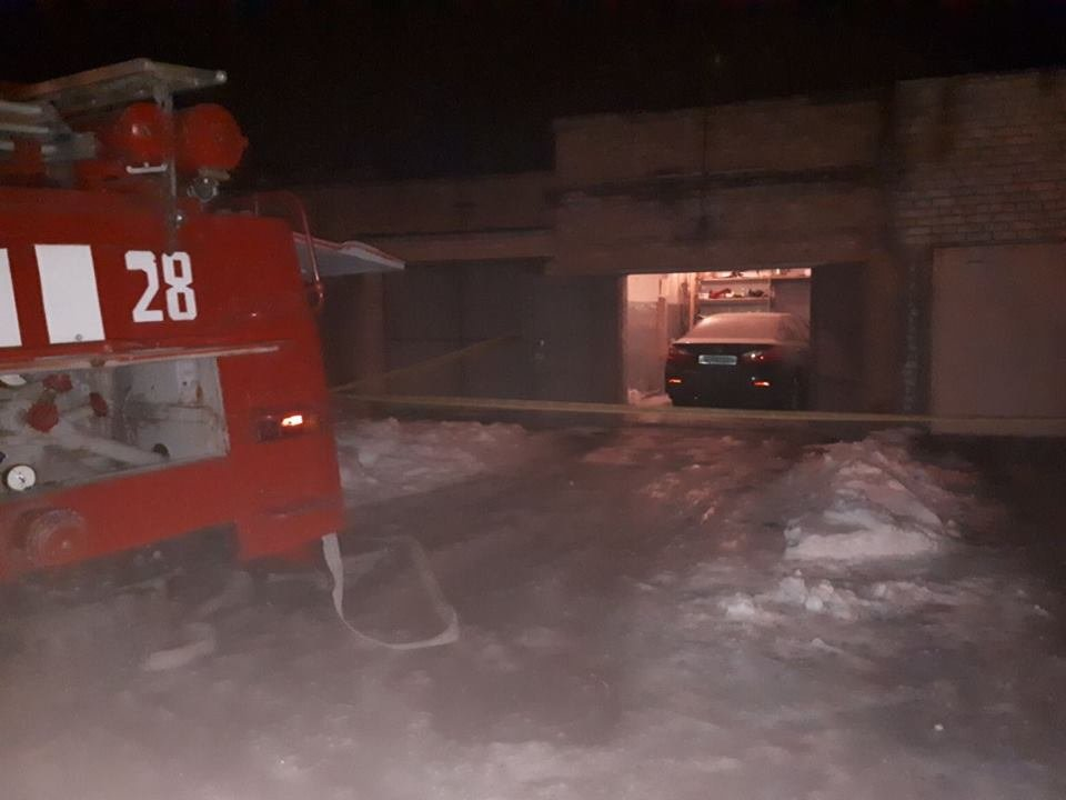 В Днепропетровской области в депутата бросили две гранаты: пострадавший в больнице (ФОТО), фото-2