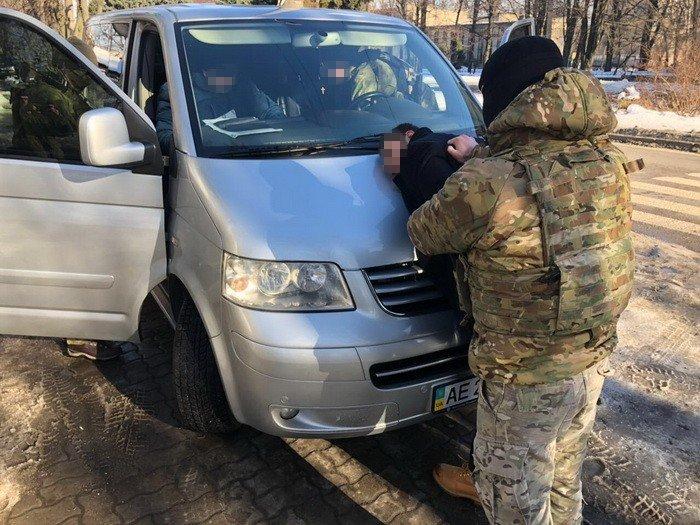 В Днепре СБУ задержала подозреваемого в покушении на военнослужащих фельдъегерской связи (ВИДЕО), фото-2