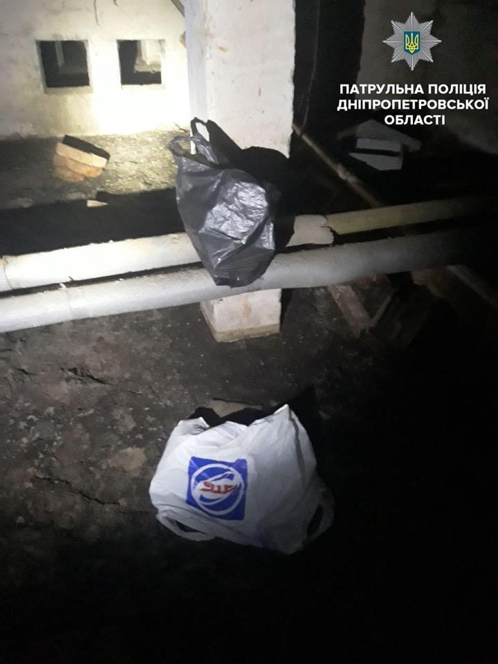 Продуманный бизнес: в Днепре воры украли авто, чтобы перевозить краденный кабель (ФОТО), фото-4