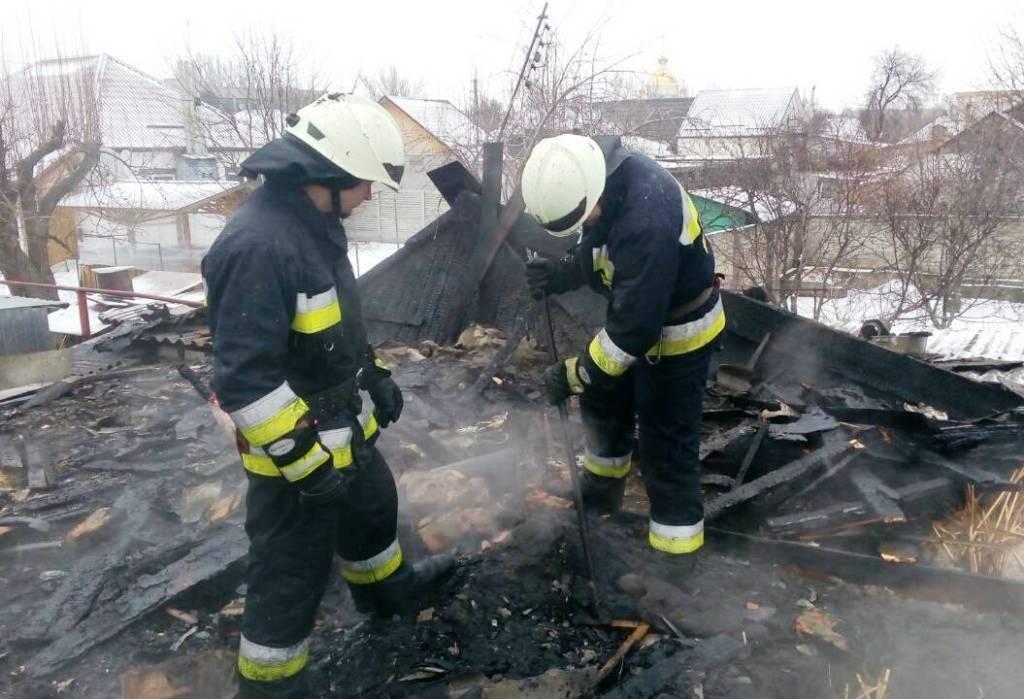 В Днепре в частном секторе загорелось одноэтажное здание (ФОТО), фото-2