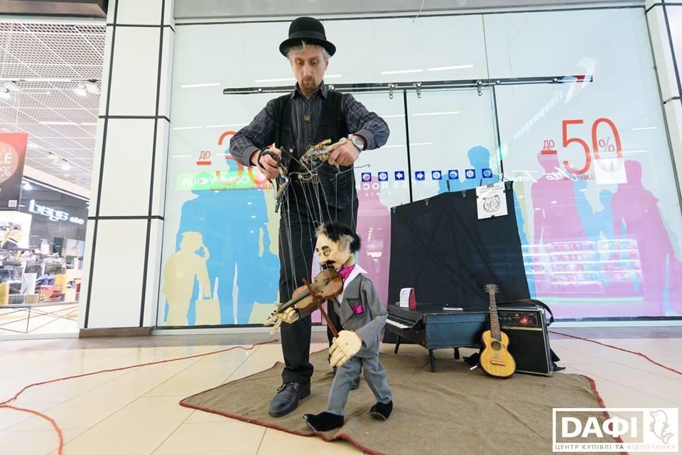 Менталисты и кукольники: 16 февраля в Днепр возвращается Всеукраинский фестиваль уличного искусства, фото-5
