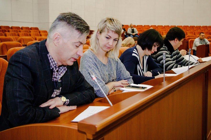 Обязательства под увольнение. Борис Филатов выдвинул жесткий ультиматум чиновникам, которые затягивают выполнение обещаний перед днепрянами, фото-3