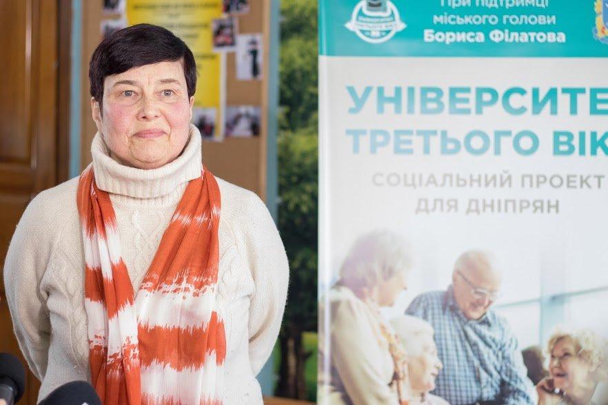 Английский для всех: Борис Филатов побывал на одном из занятий Университета третьего возраста, фото-4
