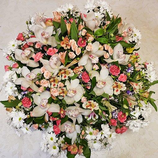 Выбор цветов на весенний праздник: классические и новаторские решения, фото-1