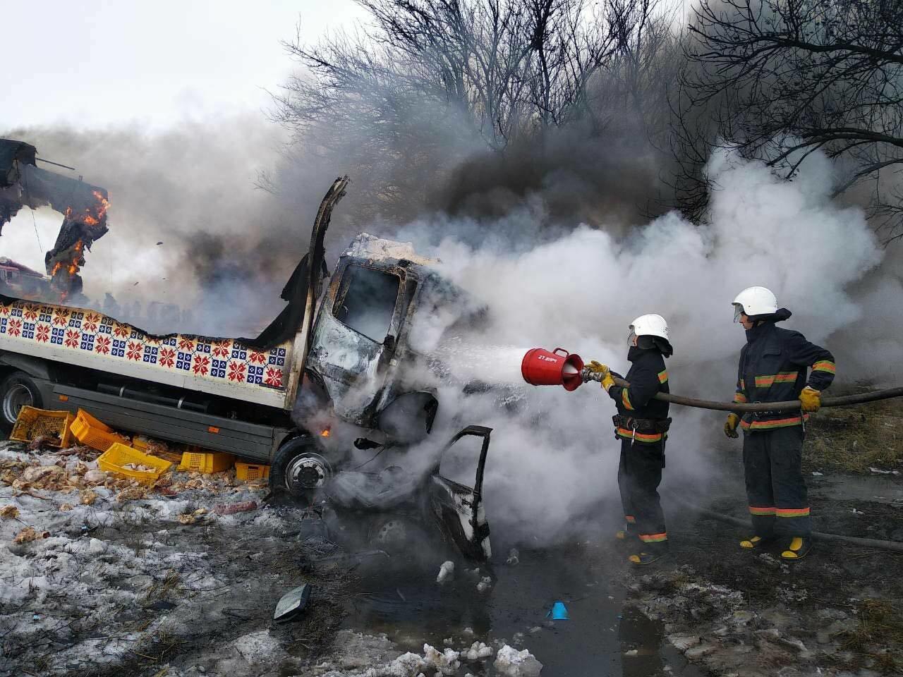Масштабное ДТП с пожаром под Днепром: погибло 3 человека и ребенок (ФОТО), фото-4