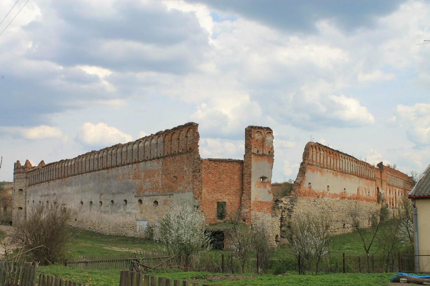 Невероятная Украина. От Луцка до Львова: 9 замков, подземелья и лавра (ФОТО, КАРТА, ЦЕНЫ), фото-42