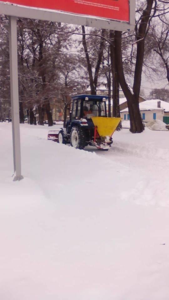 В Днепре применили уникальную для Украины технологию защиты асфальта от льда, фото-3