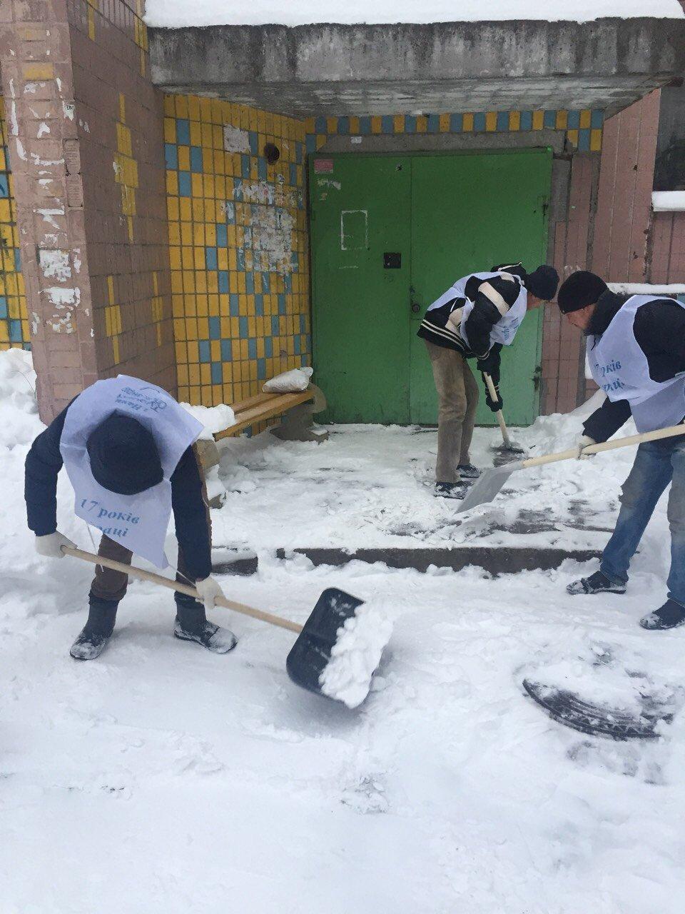 В Днепре депутат организует флэшмоб по расчистке снега, фото-6