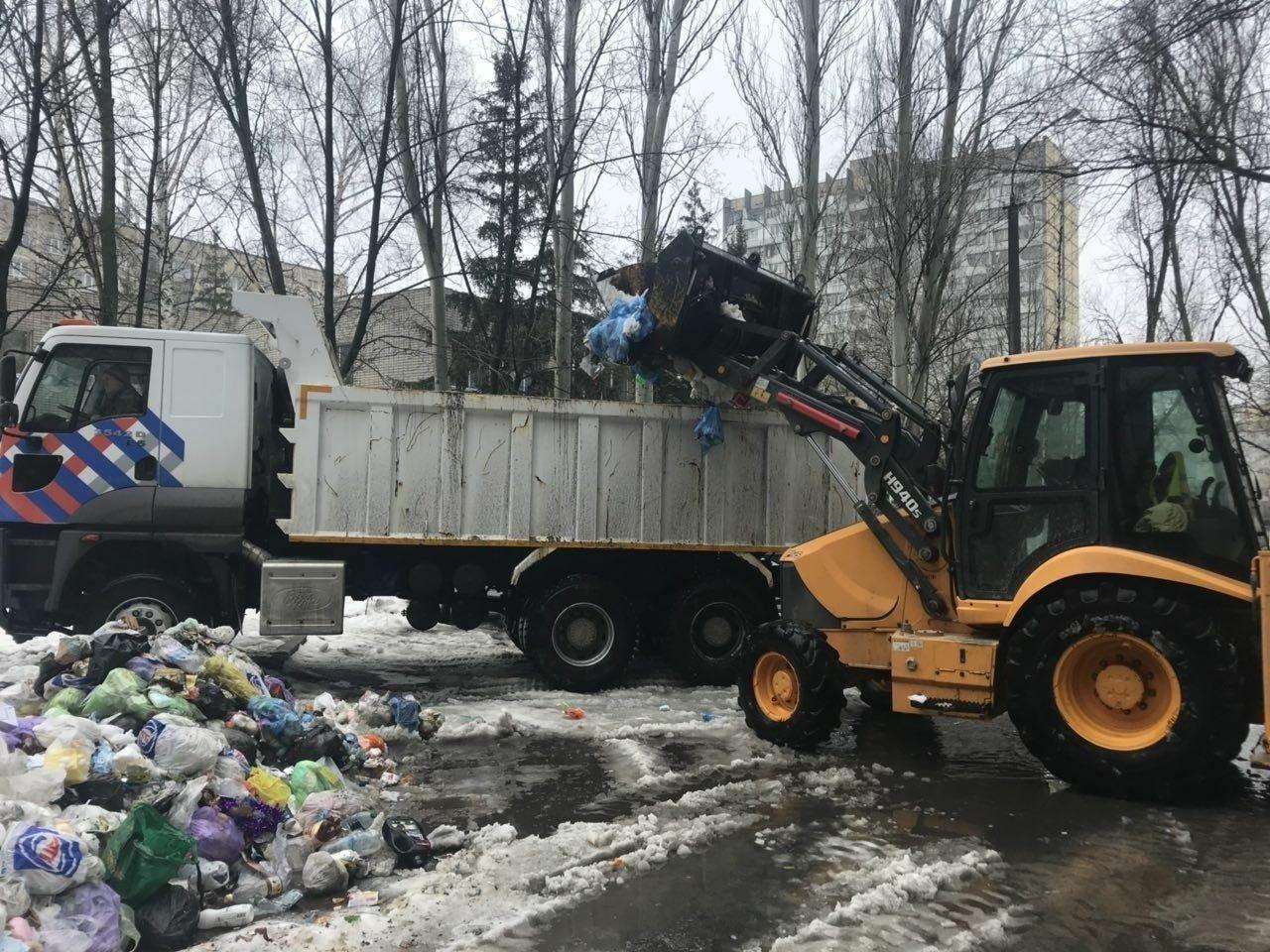 В Днепре коммунальщики за день вывезли около 200 тонн мусора (ФОТО), фото-4