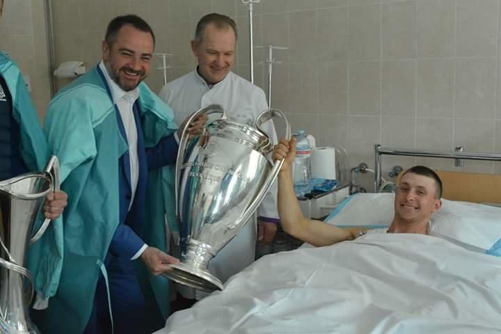 Кубки Лиги Чемпионов побывали в больнице Мечникова (ФОТО) , фото-2