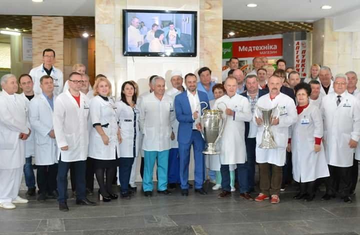 Кубки Лиги Чемпионов побывали в больнице Мечникова (ФОТО) , фото-8