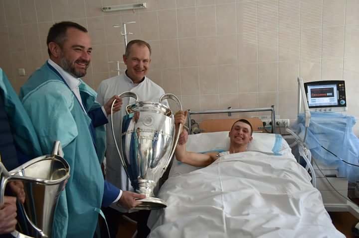 Кубки Лиги Чемпионов побывали в больнице Мечникова (ФОТО) , фото-12