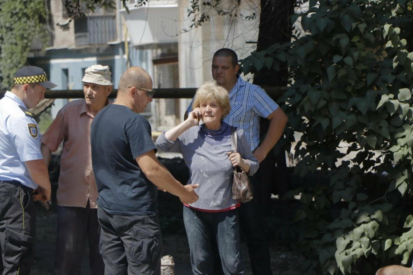 В Днепре бульдозер «спасал» последний деревянный дом в городе, - ФОТО, фото-2