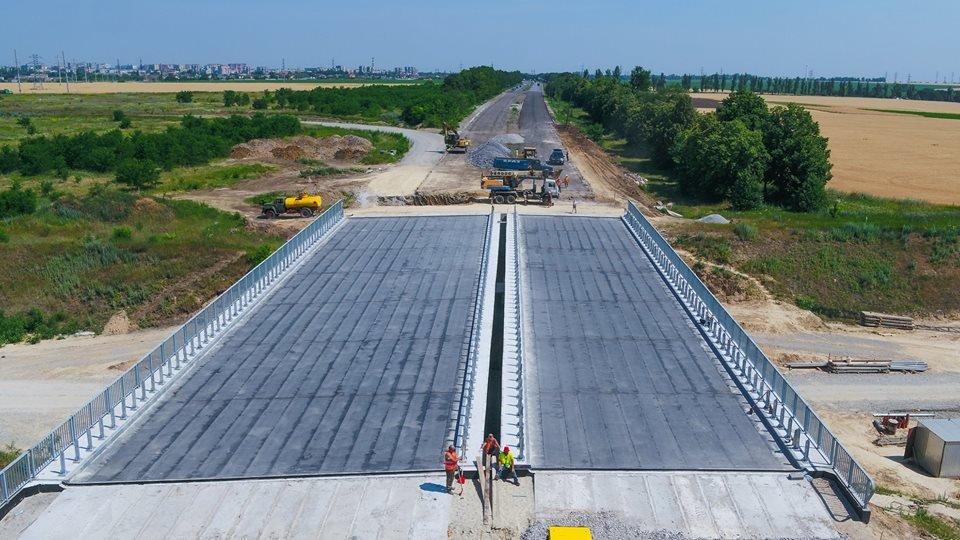 «Непосредственно сам мост собран»: как проходит строительство объездной дороги в Днепре, - ФОТО, фото-1