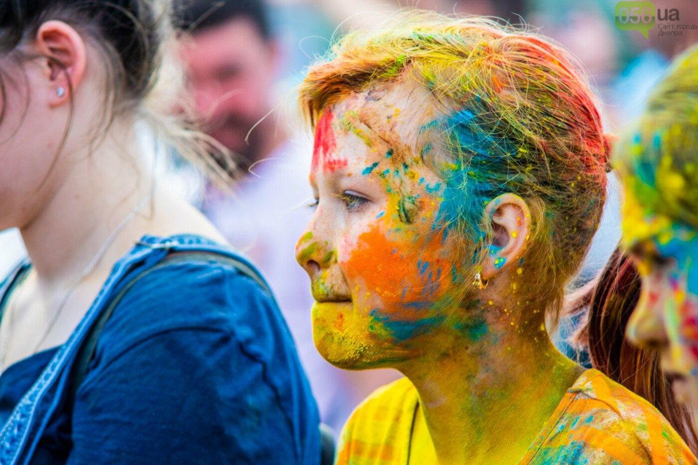 Фестиваль красок и свадьбы: как в Днепре прошел День молодежи, - ФОТОРЕПОРТАЖ, ВИДЕО, фото-10