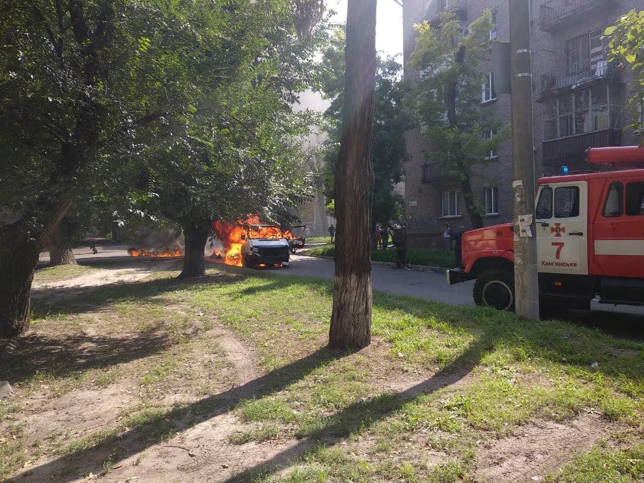 В Днепропетровской области взорвали машину: внутри находился депутат горсовета, - ФОТО, фото-3