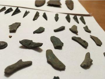 В Днепре судят мужчину, который с поддельными документами пытался вывести в Россию ценные артефакты, - ФОТО, фото-1