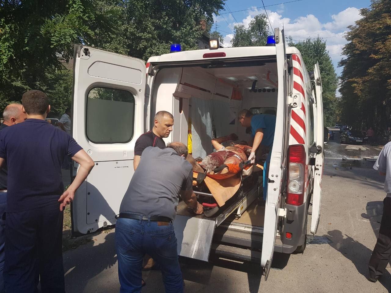 «Ему предстоит ещё не одна операция», - что известно о состоянии Виталия Чернявского, пострадавшего от взрыва, фото-1